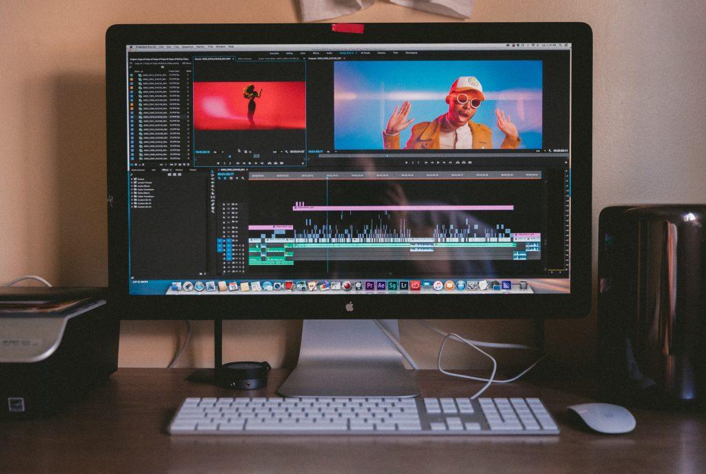 おすすめの副業① 「動画編集」-スキルがなくてもやれば必ず稼げる